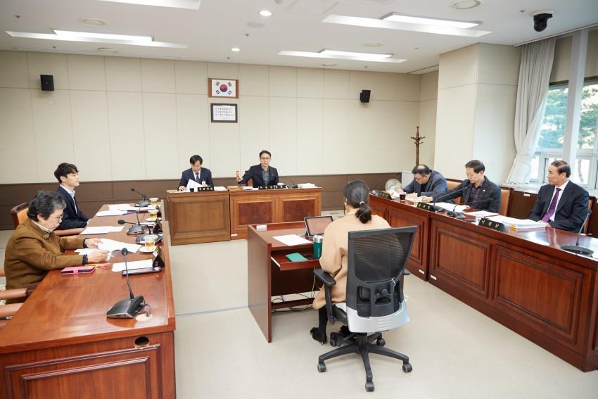 20191205 제238회 제2차 정례회 행감 9일차(4)-도시건설위원회.jpg
