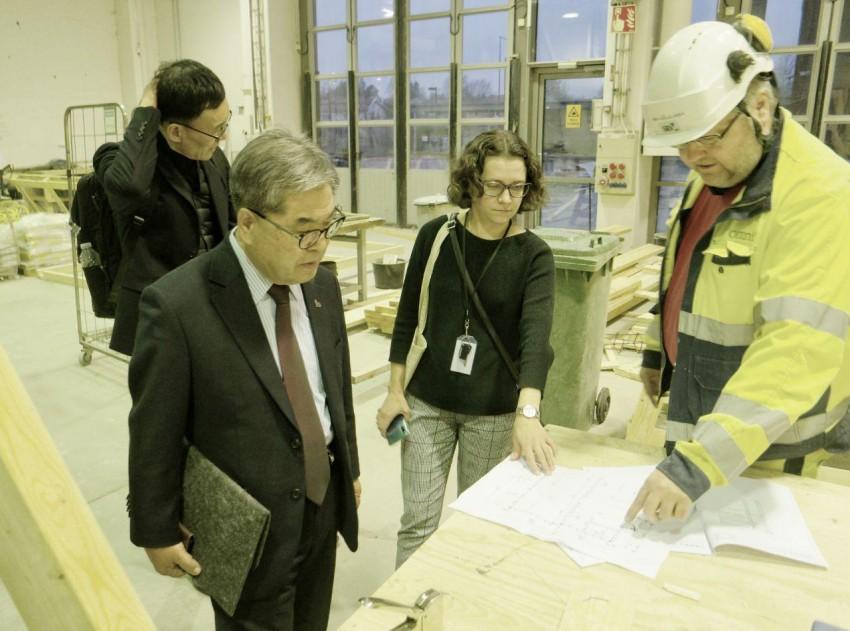 1201 이재정 교육감, 에스토니아 끝으로 북유럽 교육시스템 탐방 마무리(사진3).jpg