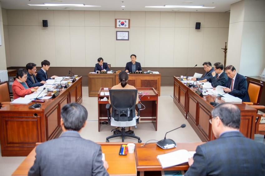 제238회 제2차 정례회 행감 7일차(4)-도시건설위원회.JPG
