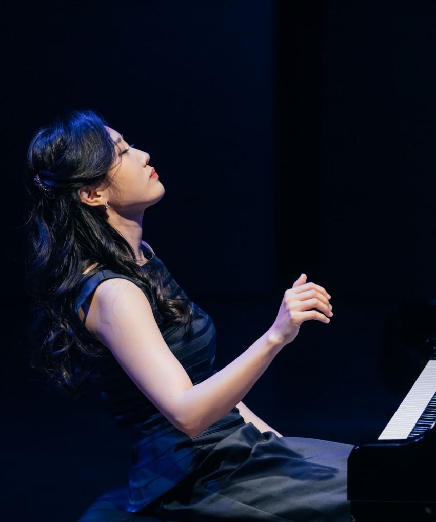 2. 피아니스트양성원사진.jpg